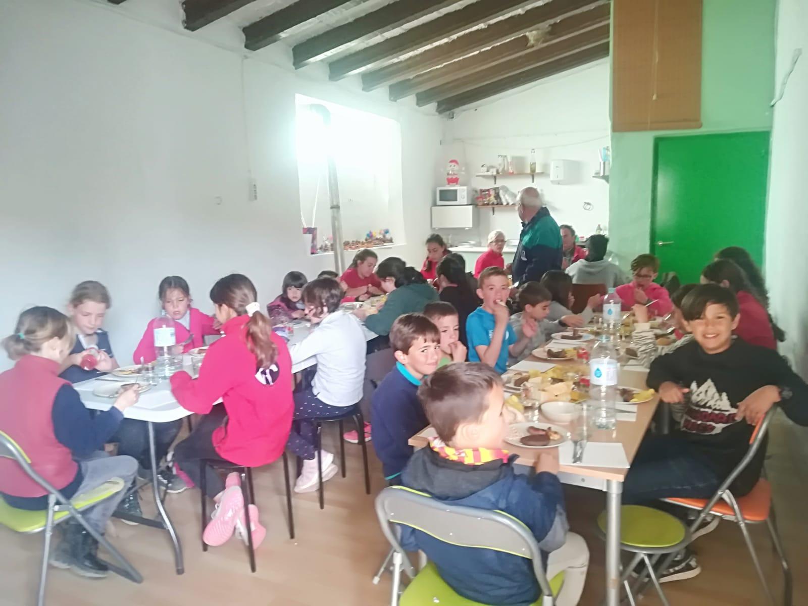 Granja Escola – hora de dinar.